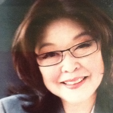 Photo of Evelyn Shimazu Yee, MLIS